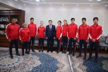Meeting with national swimming teams